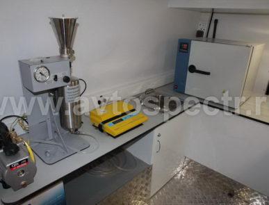Мобильная лаборатория нефтепродуктов VW Crafter